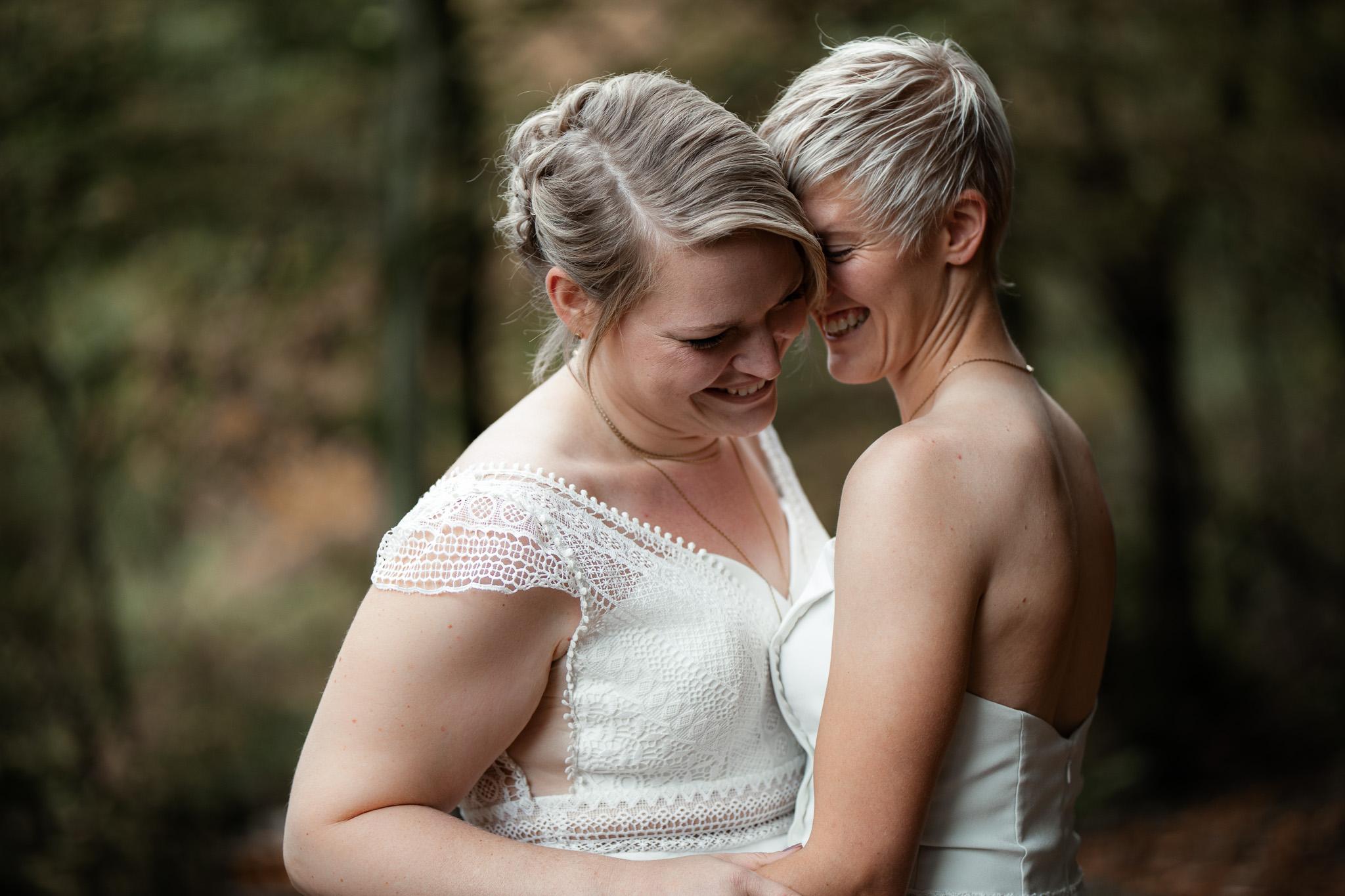 Hochzeitsfotos im Karlstal bei Trippstadt - Maja und Nathalie 42