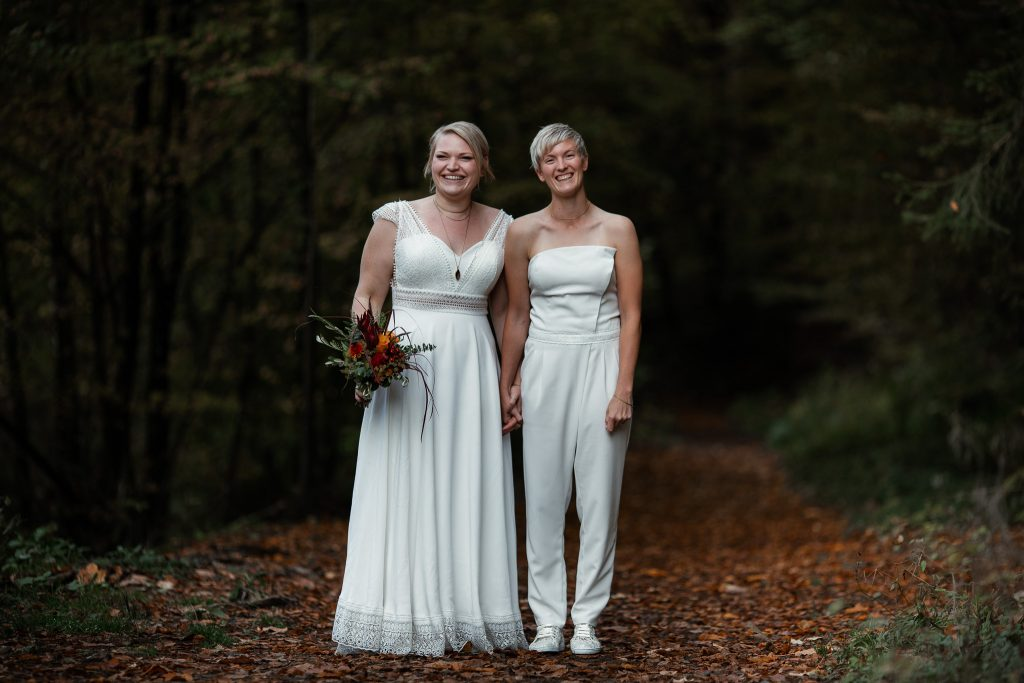 After-Wedding-Shooting im Karlstal - Maja und Nathalie 59