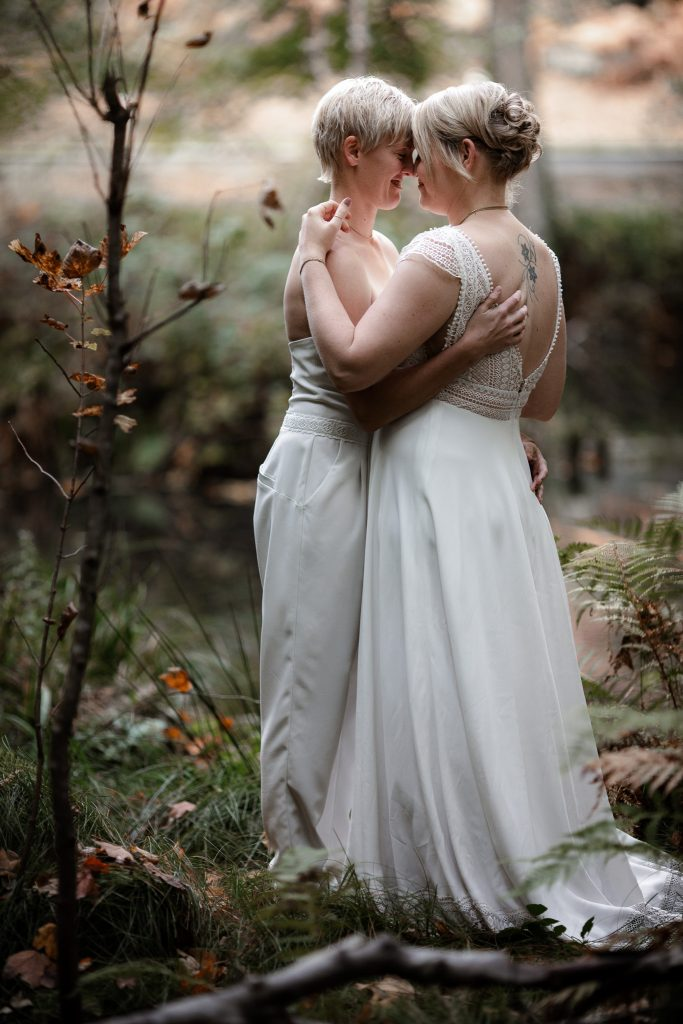 After-Wedding-Shooting im Karlstal - Maja und Nathalie 45