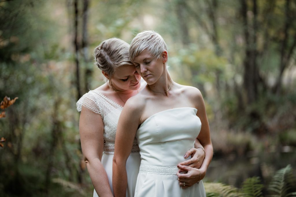 After-Wedding-Shooting im Karlstal - Maja und Nathalie 42