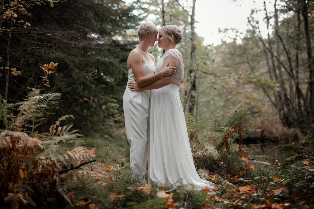 After-Wedding-Shooting im Karlstal - Maja und Nathalie 40