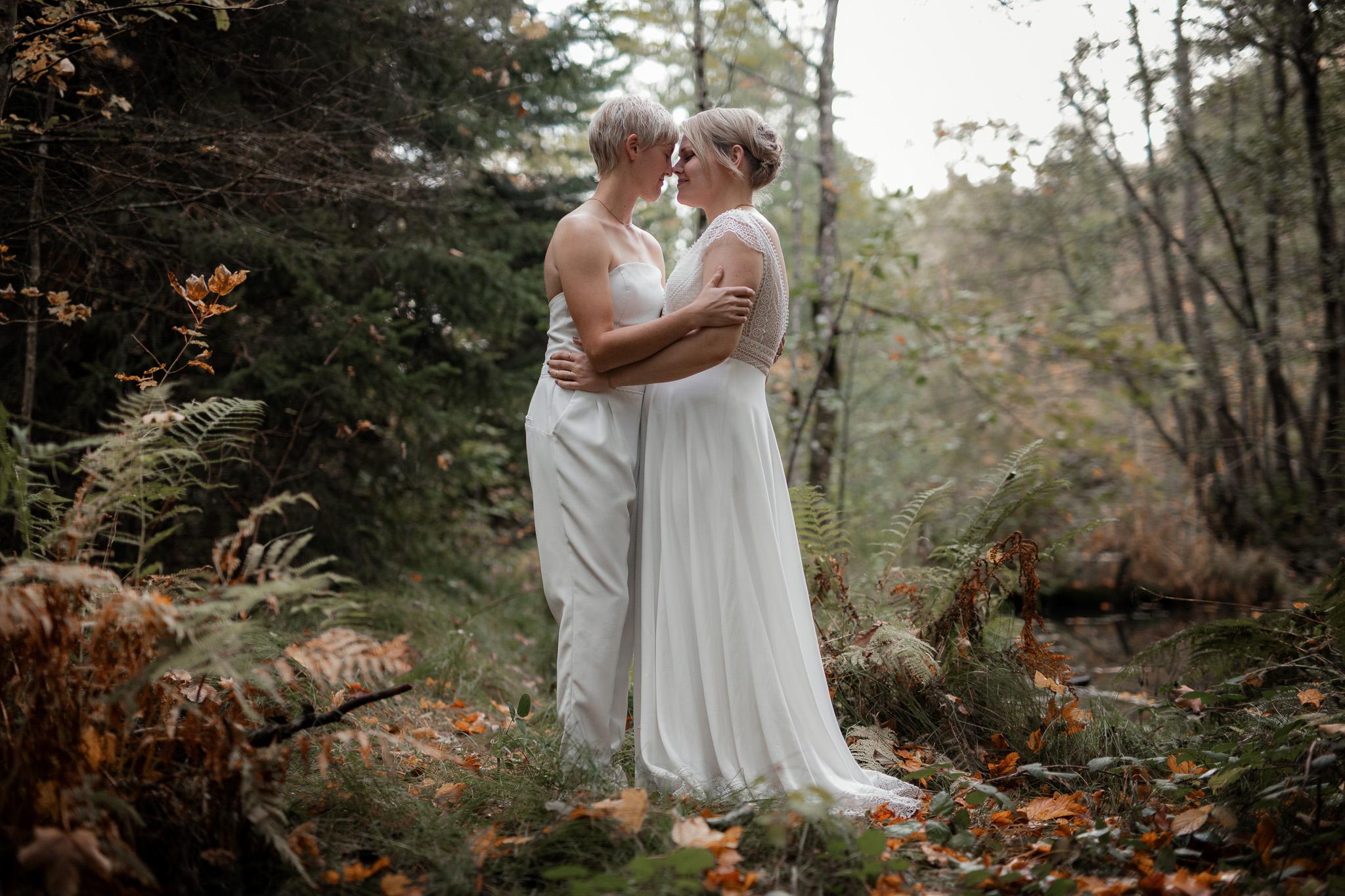Hochzeitsfotos im Karlstal bei Trippstadt - Maja und Nathalie 30