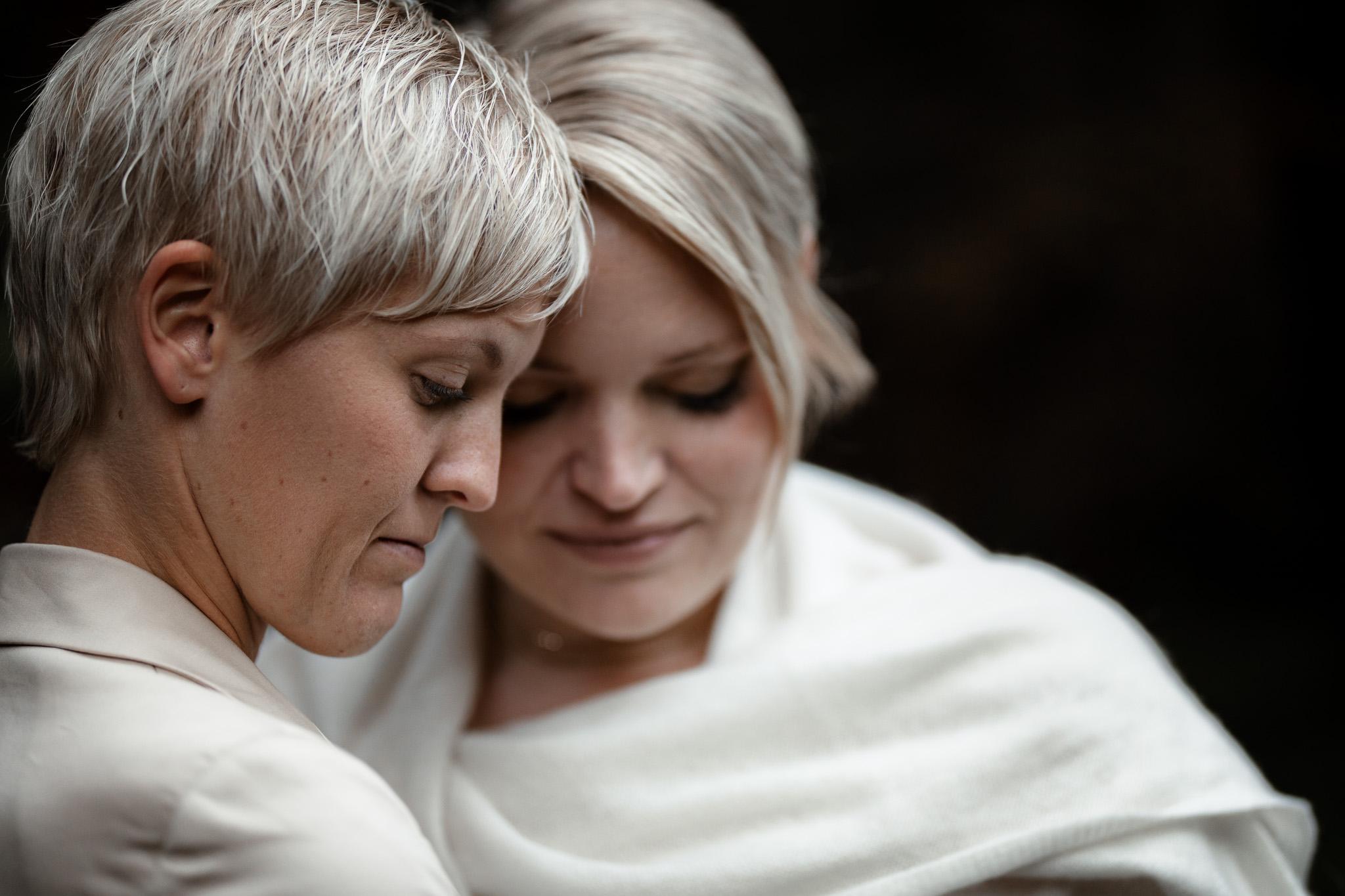 Hochzeitsfotos im Karlstal bei Trippstadt - Maja und Nathalie 19