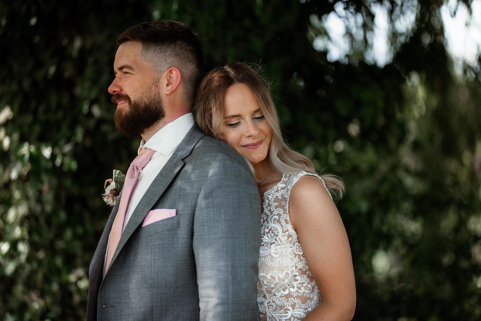 Als Hochzeitsfotograf in Eltville – Freie Trauung im Weingut Baron Knyphausen