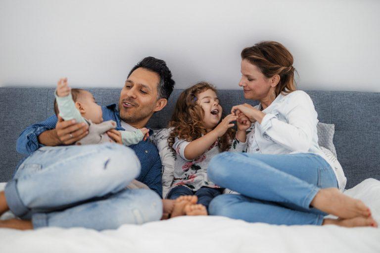 Familienfotos Worms: Homestory mit Diego, Elke und den Kids