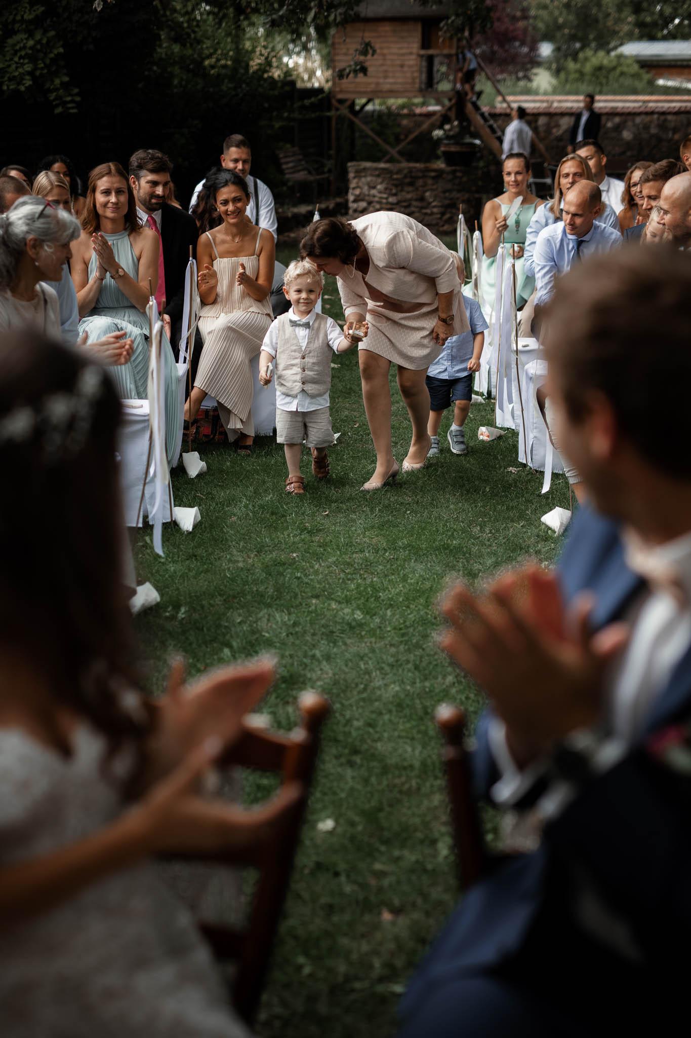 Als Hochzeitsfotograf im Weingewölbe San Martin in Bermersheim 31