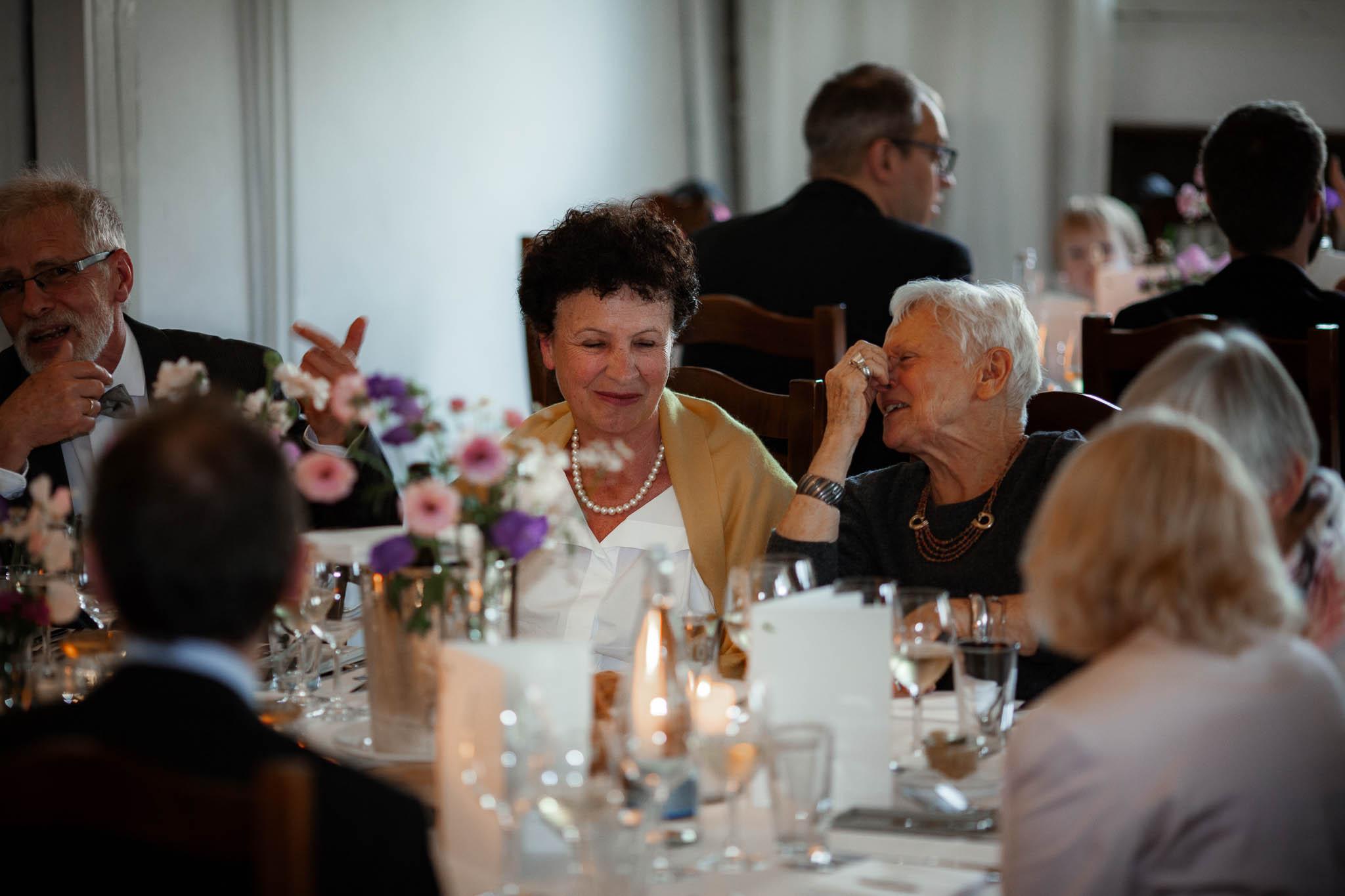 Als Hochzeitsfotograf im Hofgut Ruppertsberg: Hochzeit von Lisa und Max mit freier Trauung 118