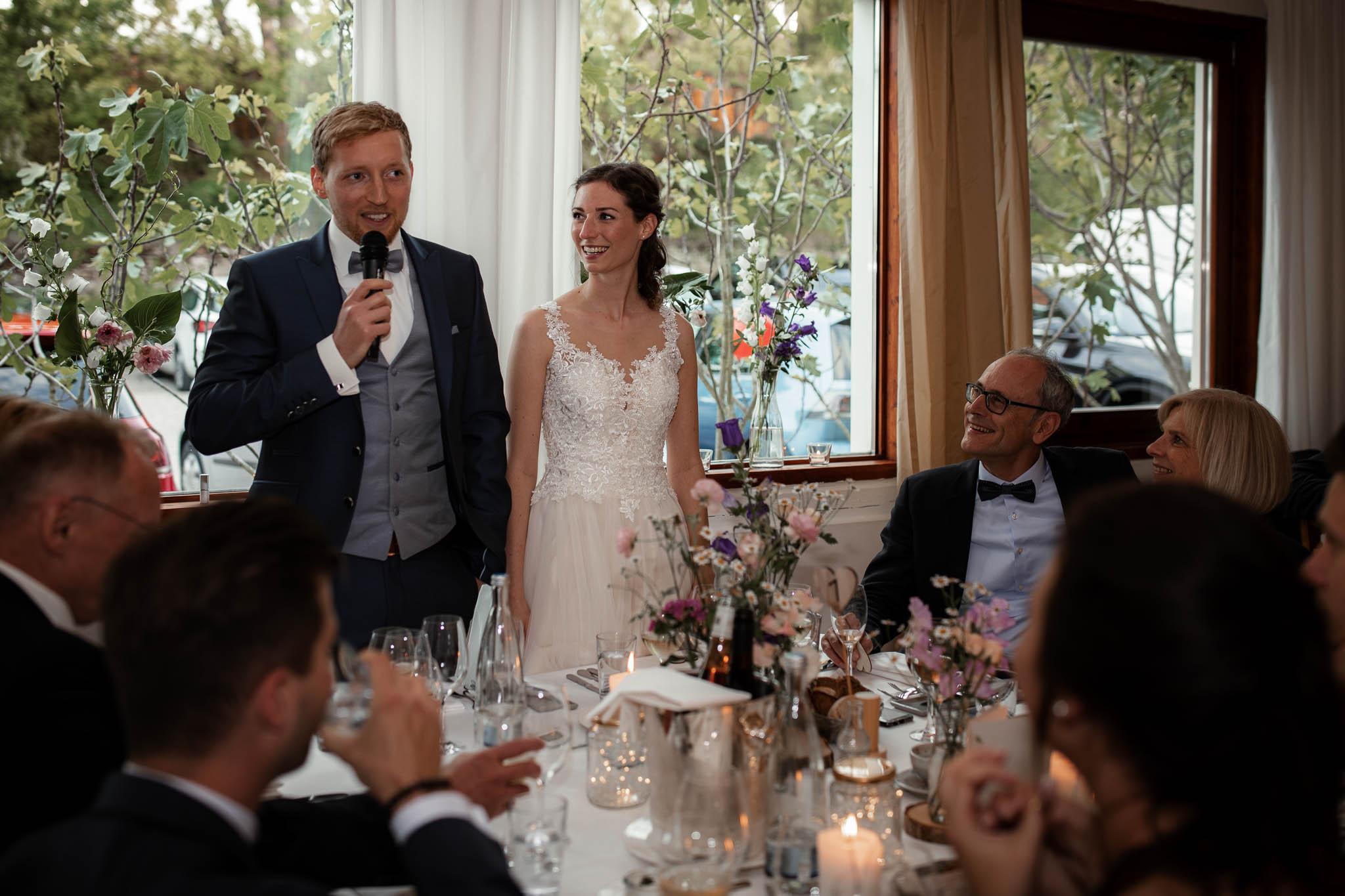 Als Hochzeitsfotograf im Hofgut Ruppertsberg: Hochzeit von Lisa und Max mit freier Trauung 120