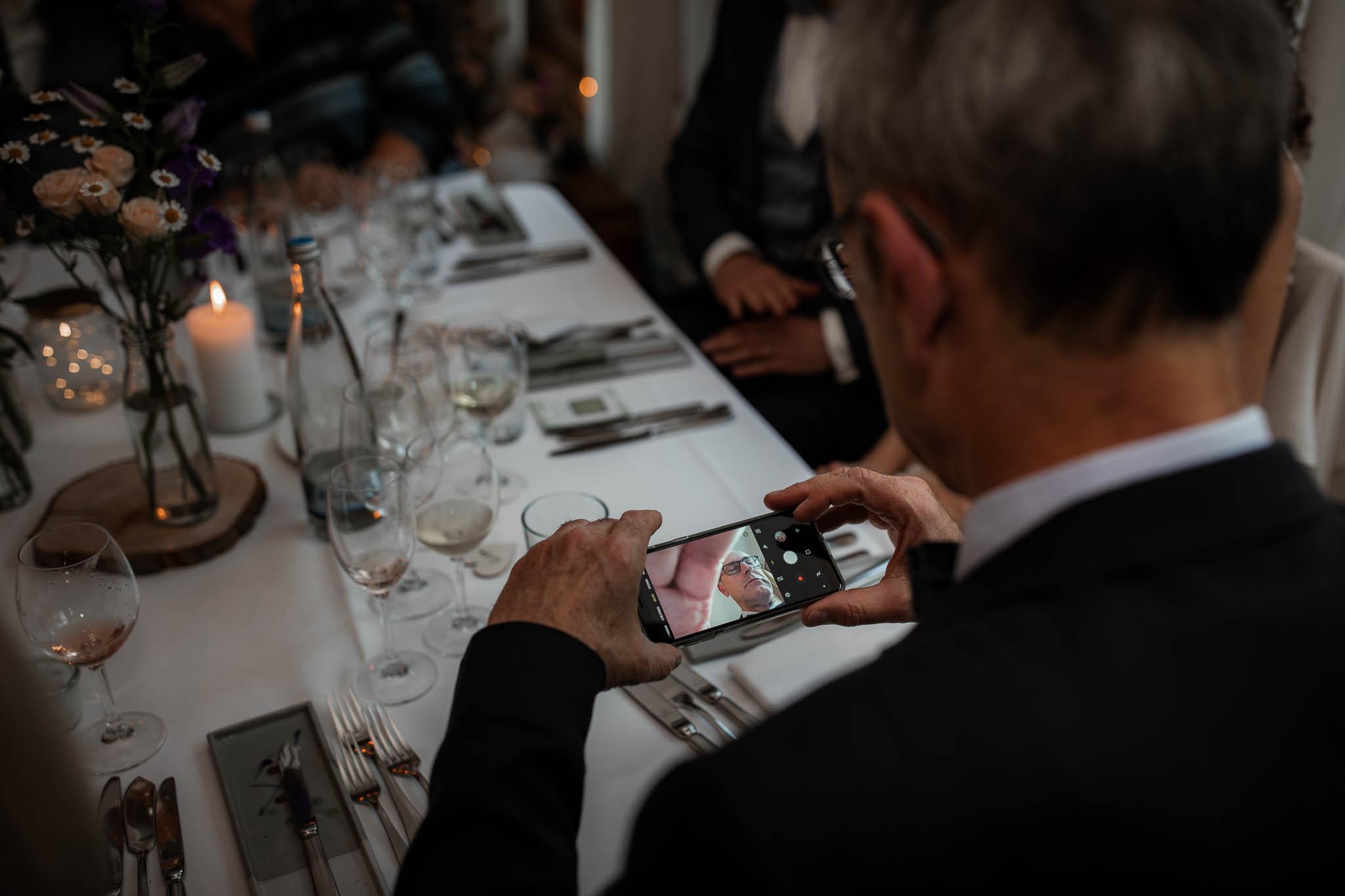 Als Hochzeitsfotograf im Hofgut Ruppertsberg: Hochzeit von Lisa und Max mit freier Trauung 122
