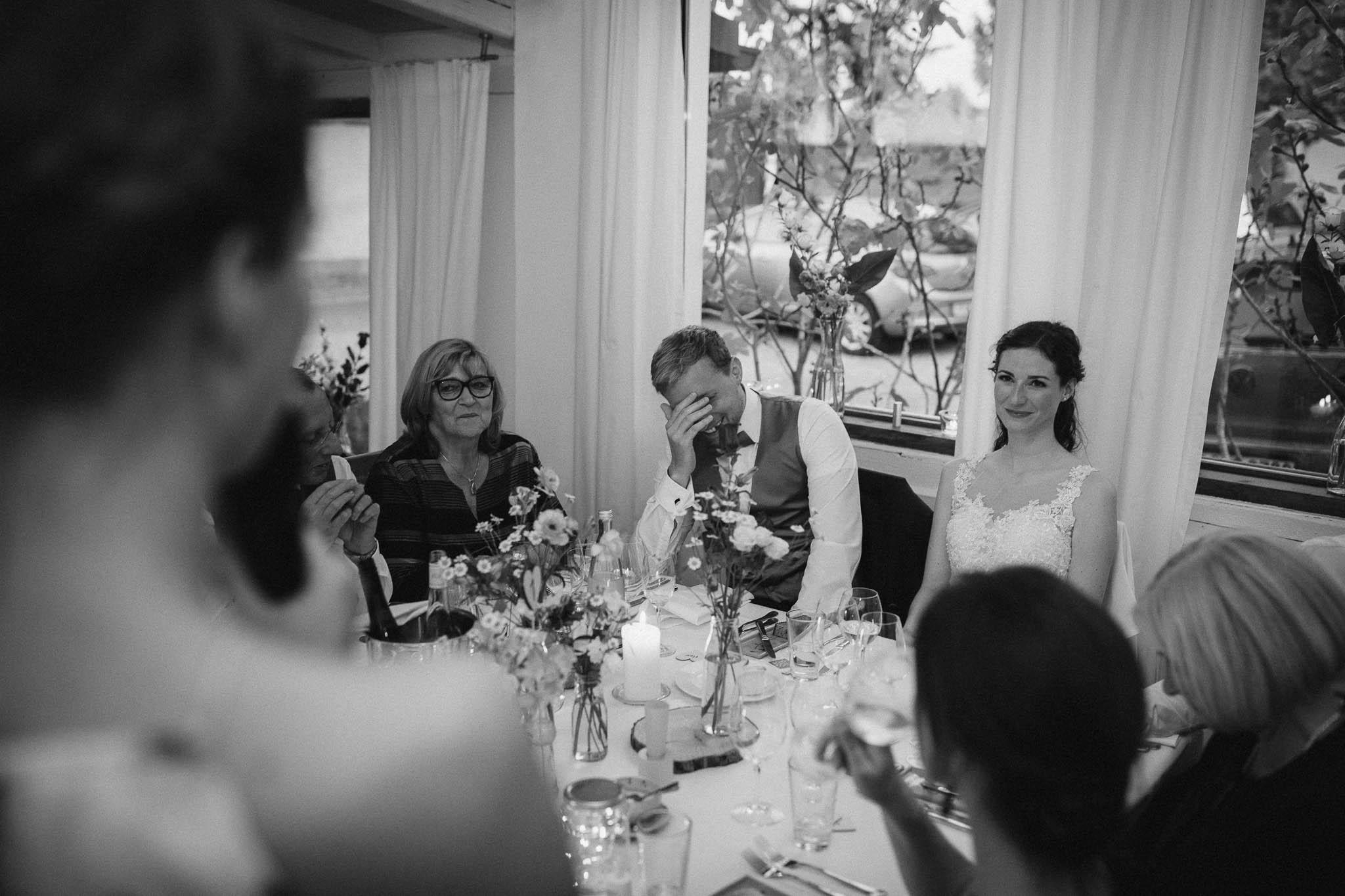 Als Hochzeitsfotograf im Hofgut Ruppertsberg: Hochzeit von Lisa und Max mit freier Trauung 125