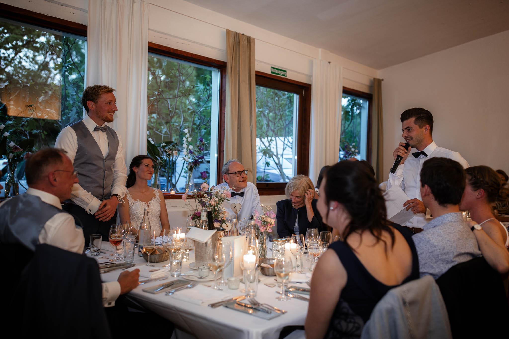 Als Hochzeitsfotograf im Hofgut Ruppertsberg: Hochzeit von Lisa und Max mit freier Trauung 127