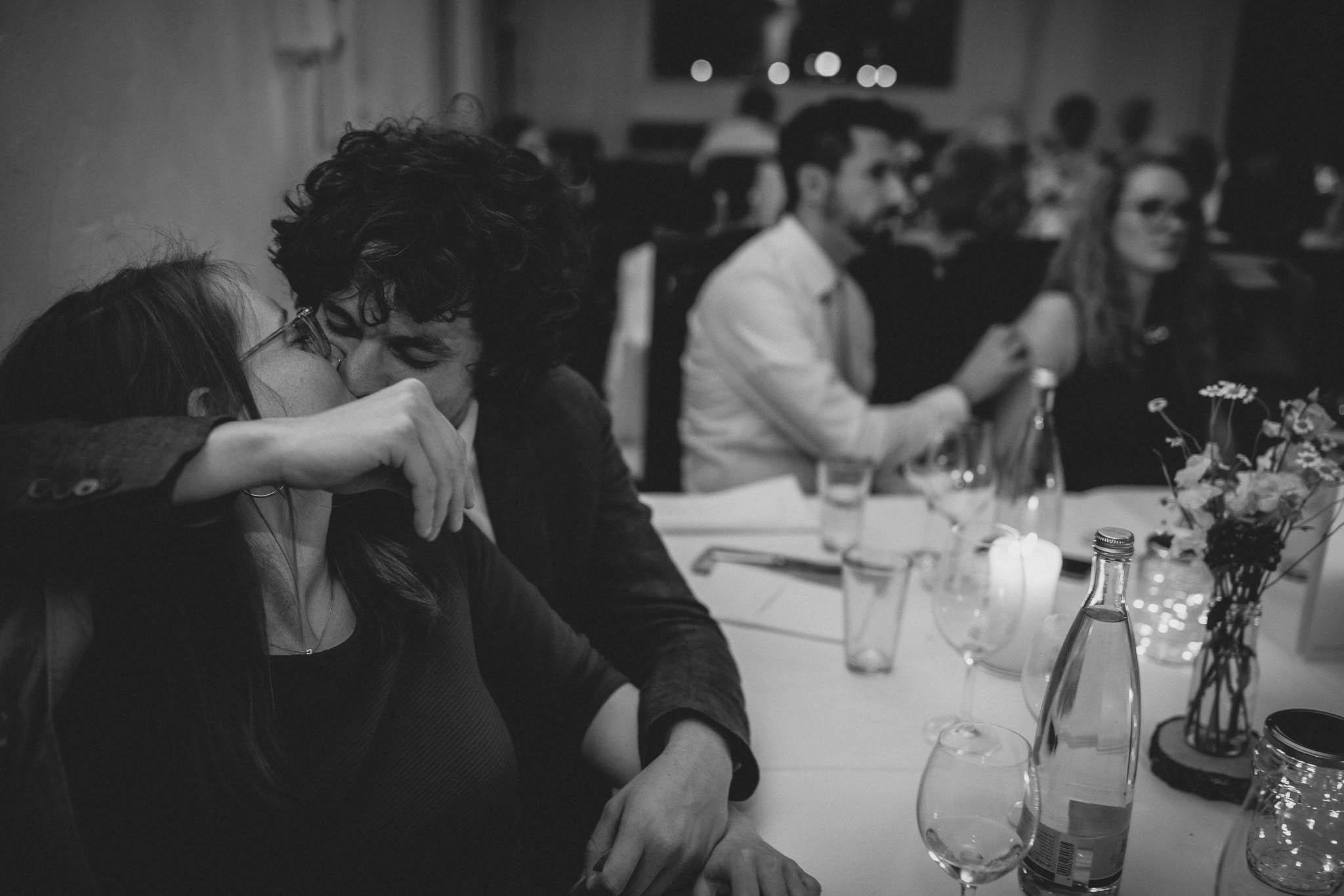 Als Hochzeitsfotograf im Hofgut Ruppertsberg: Hochzeit von Lisa und Max mit freier Trauung 132