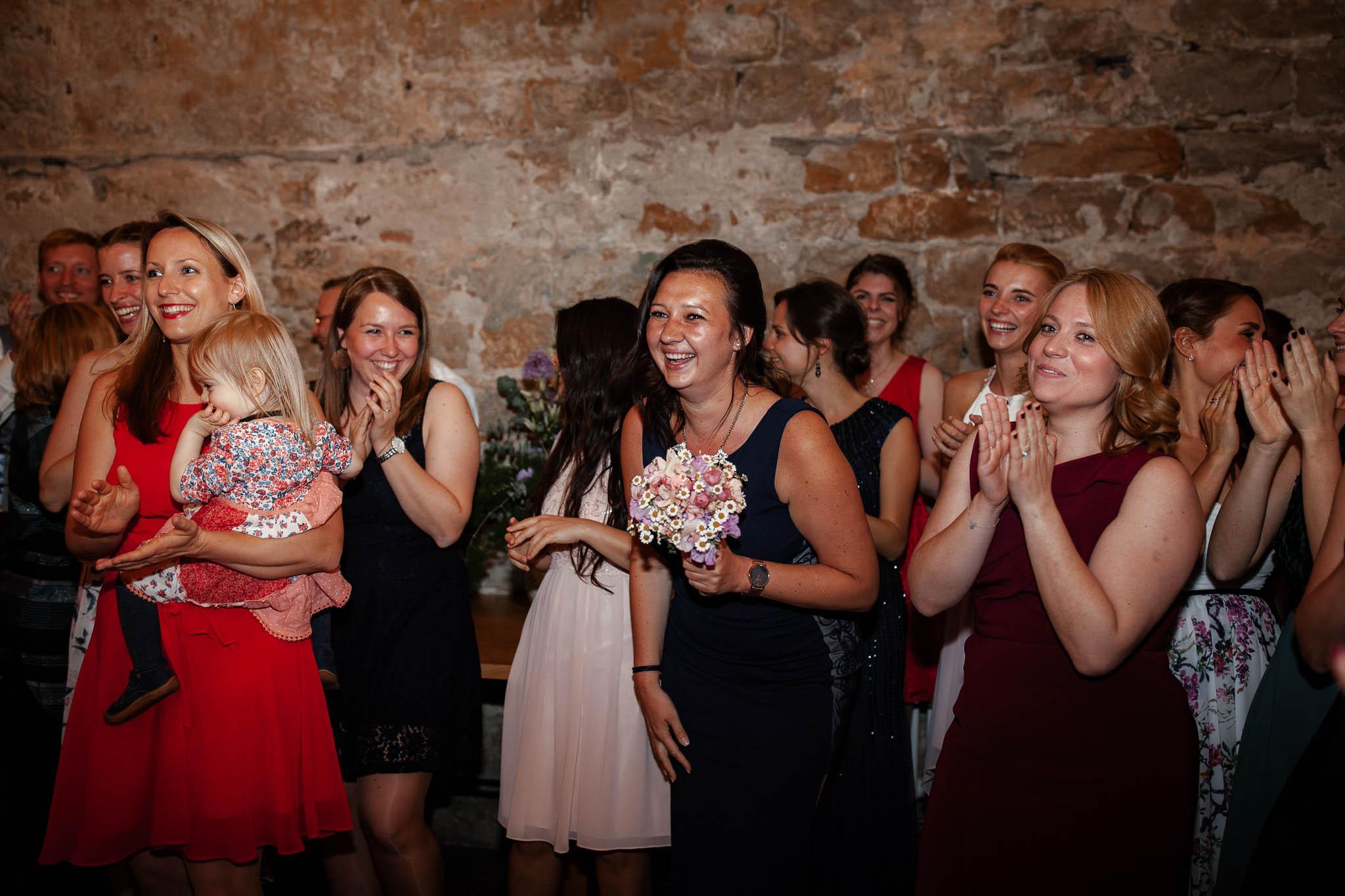 Als Hochzeitsfotograf im Hofgut Ruppertsberg: Hochzeit von Lisa und Max mit freier Trauung 135