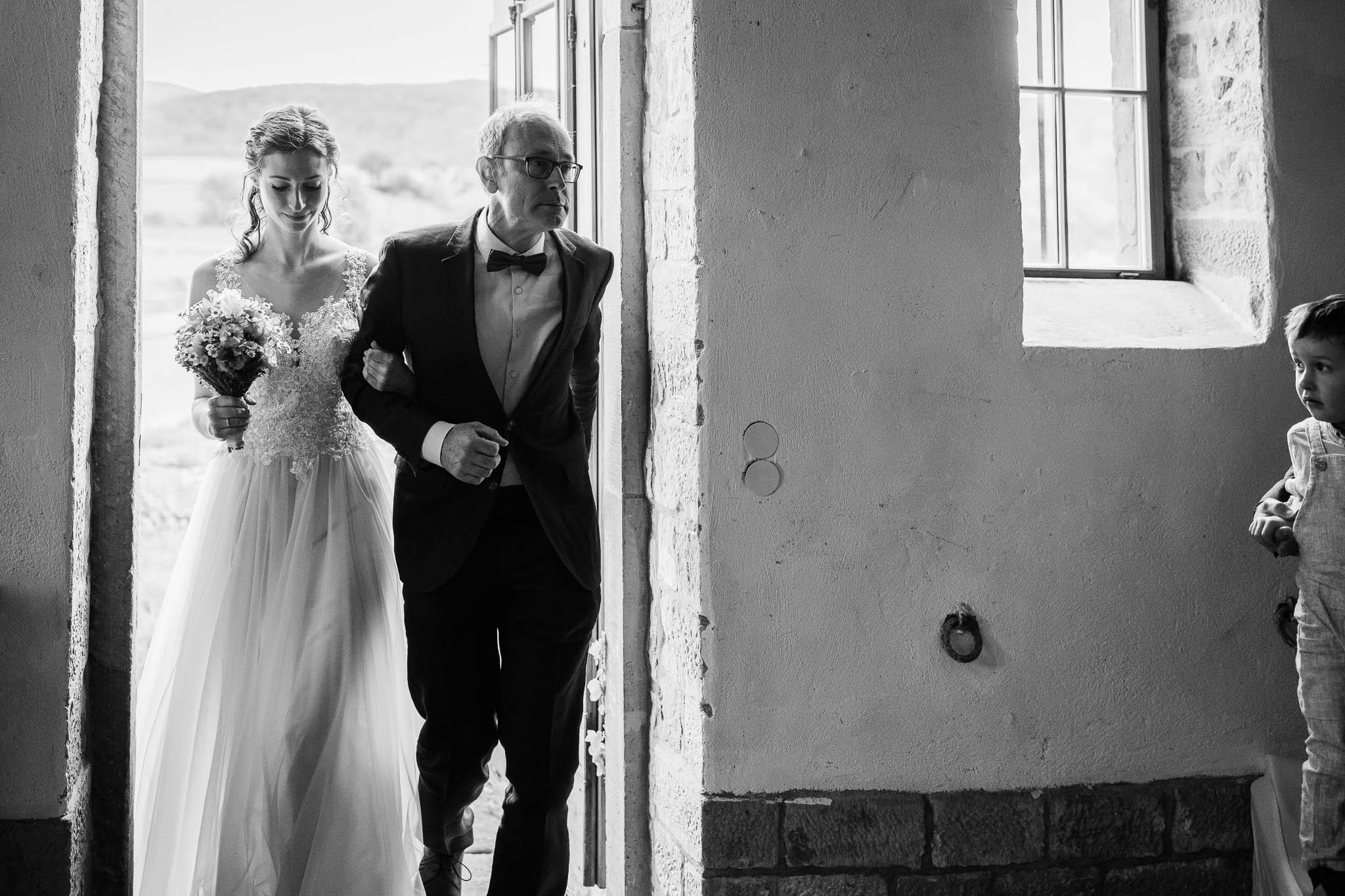 Als Hochzeitsfotograf im Hofgut Ruppertsberg: Hochzeit von Lisa und Max mit freier Trauung 15
