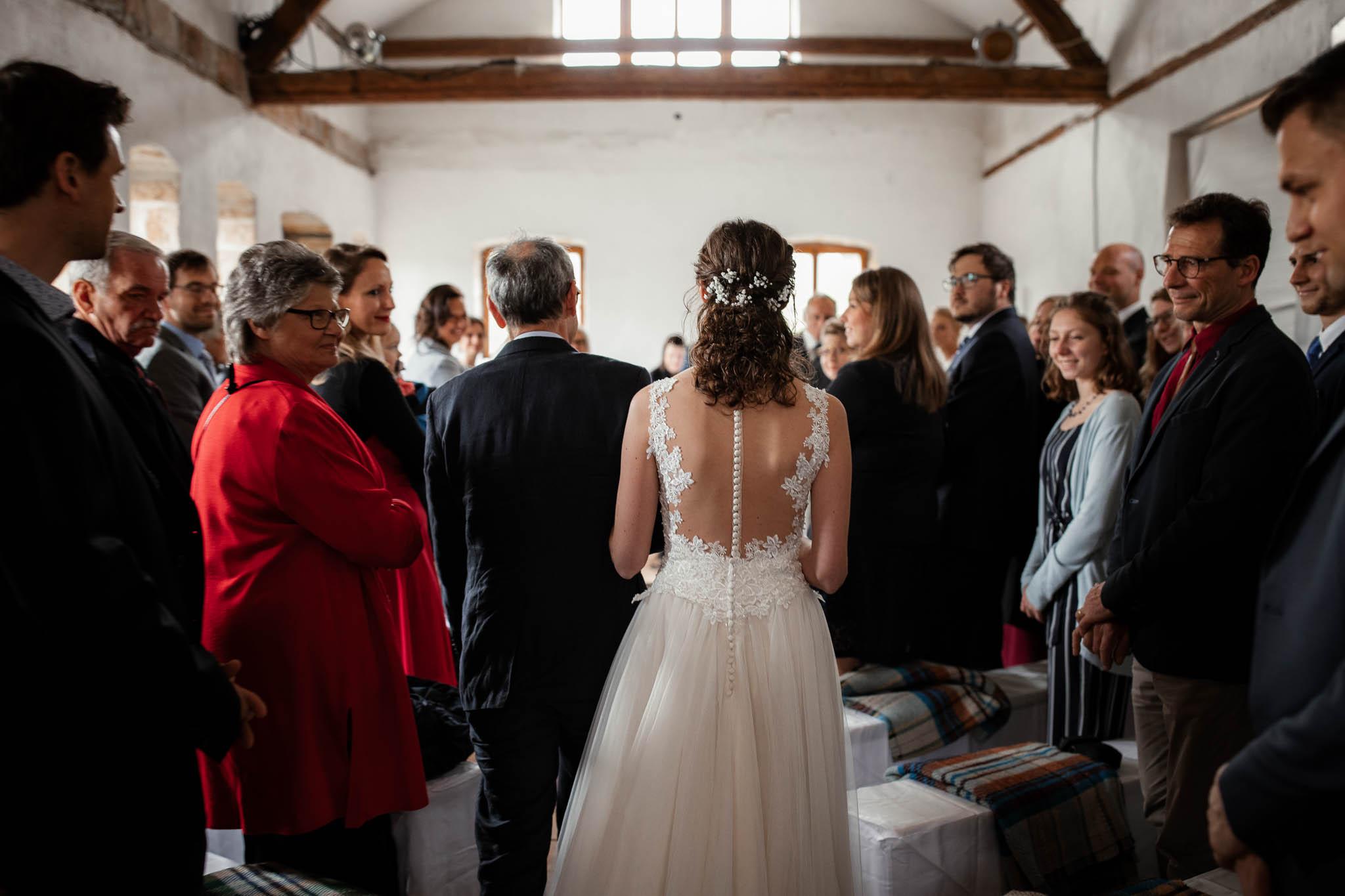 Als Hochzeitsfotograf im Hofgut Ruppertsberg: Hochzeit von Lisa und Max mit freier Trauung 18