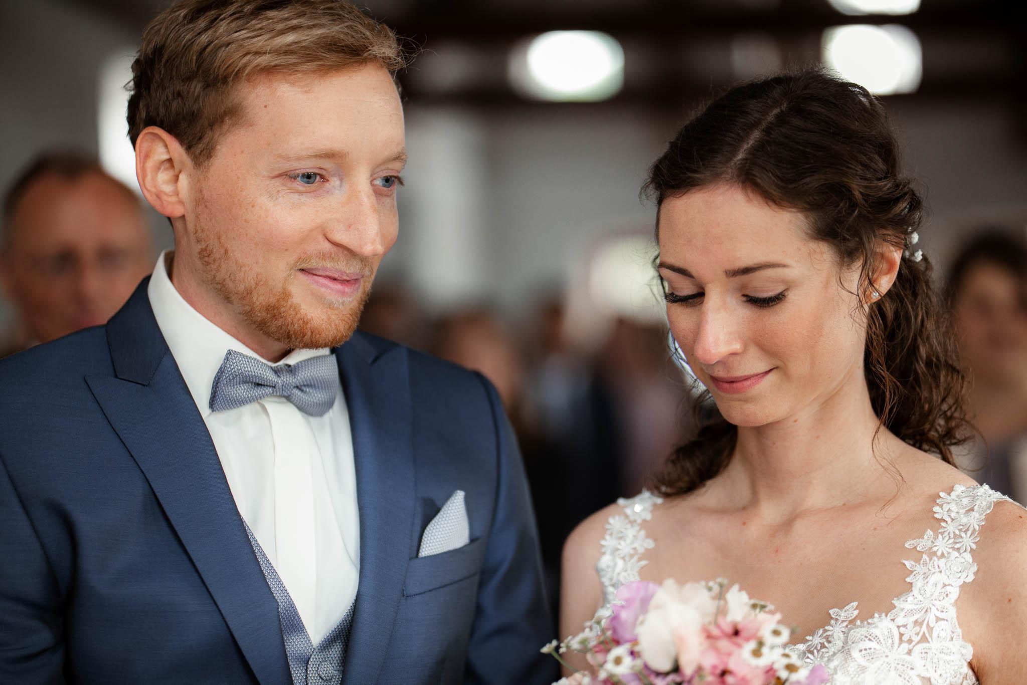 Als Hochzeitsfotograf im Hofgut Ruppertsberg: Hochzeit von Lisa und Max mit freier Trauung 23