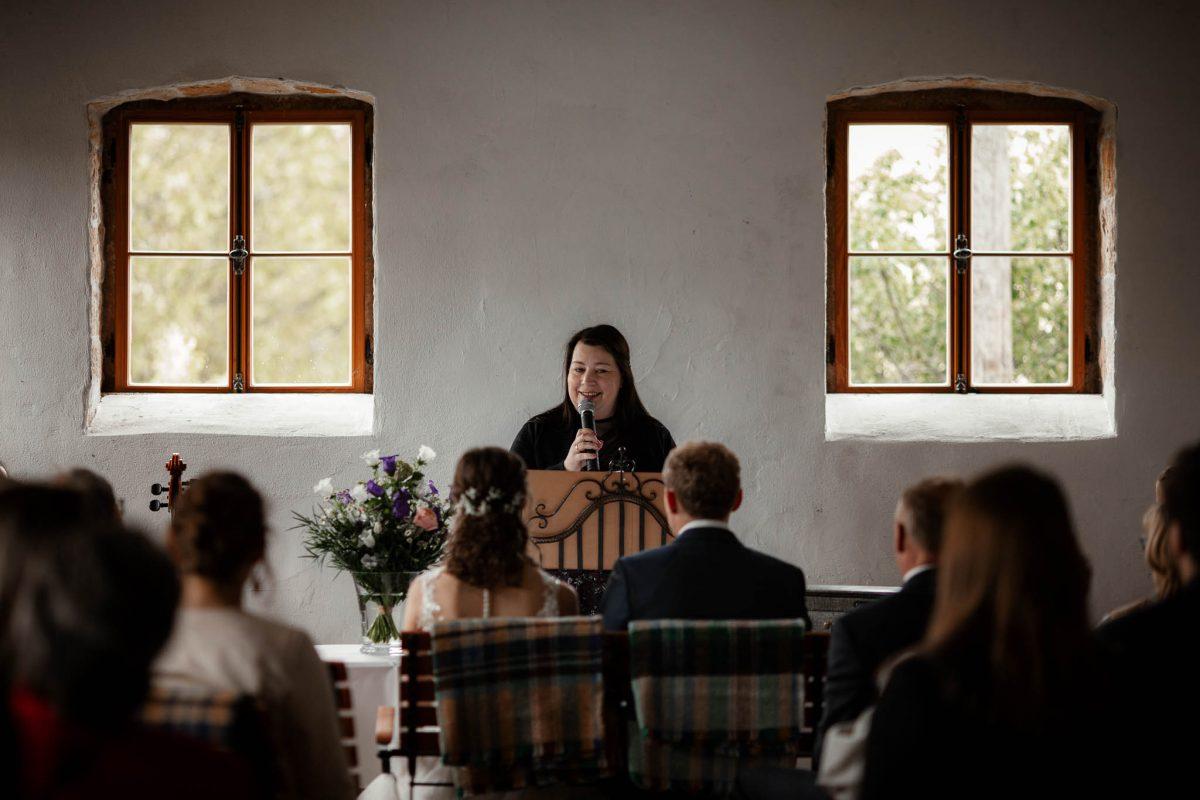 Als Hochzeitsfotograf im Hofgut Ruppertsberg: Freie Trauung von Lisa und Max 26