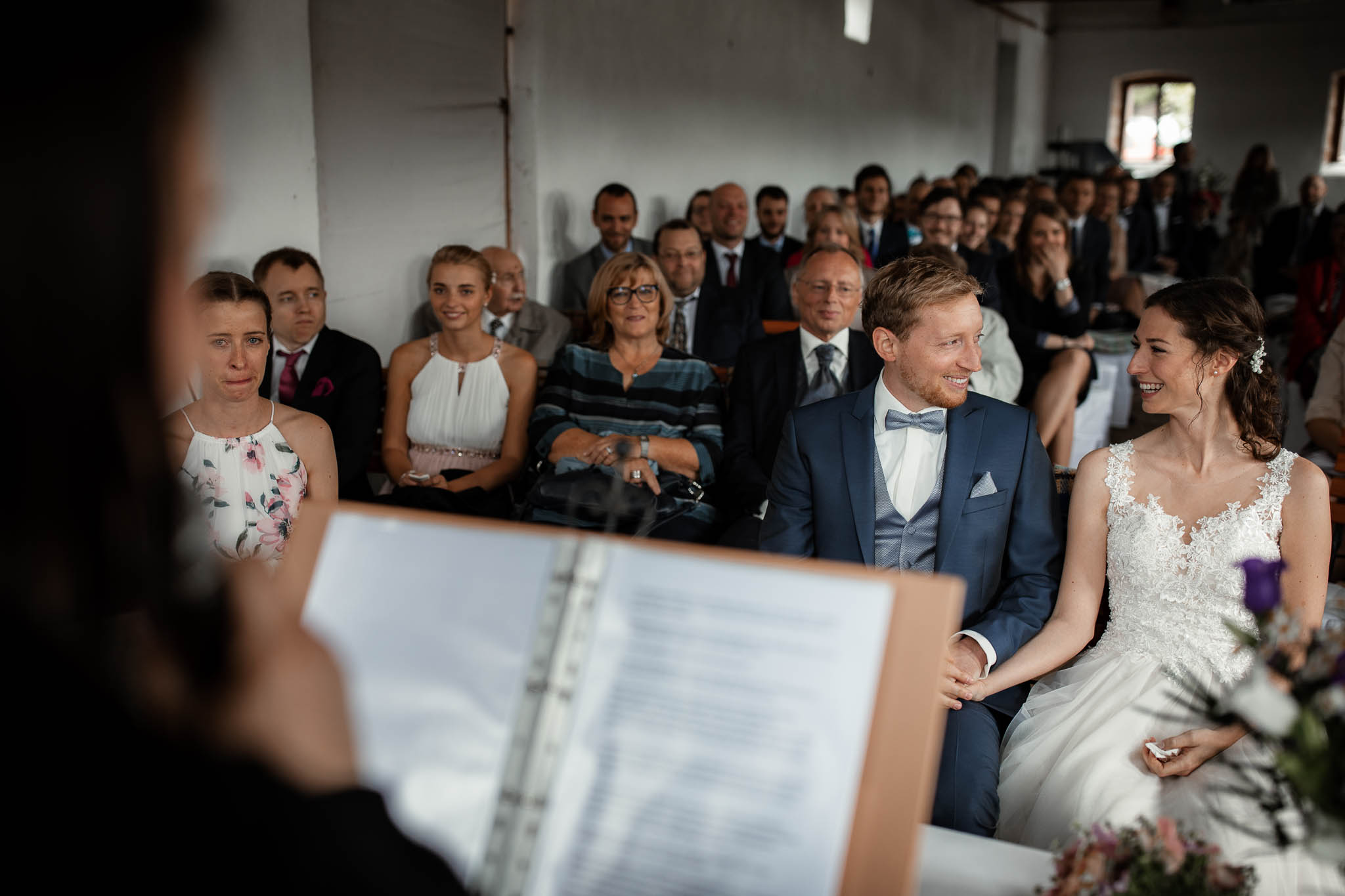 Als Hochzeitsfotograf im Hofgut Ruppertsberg: Hochzeit von Lisa und Max mit freier Trauung 32