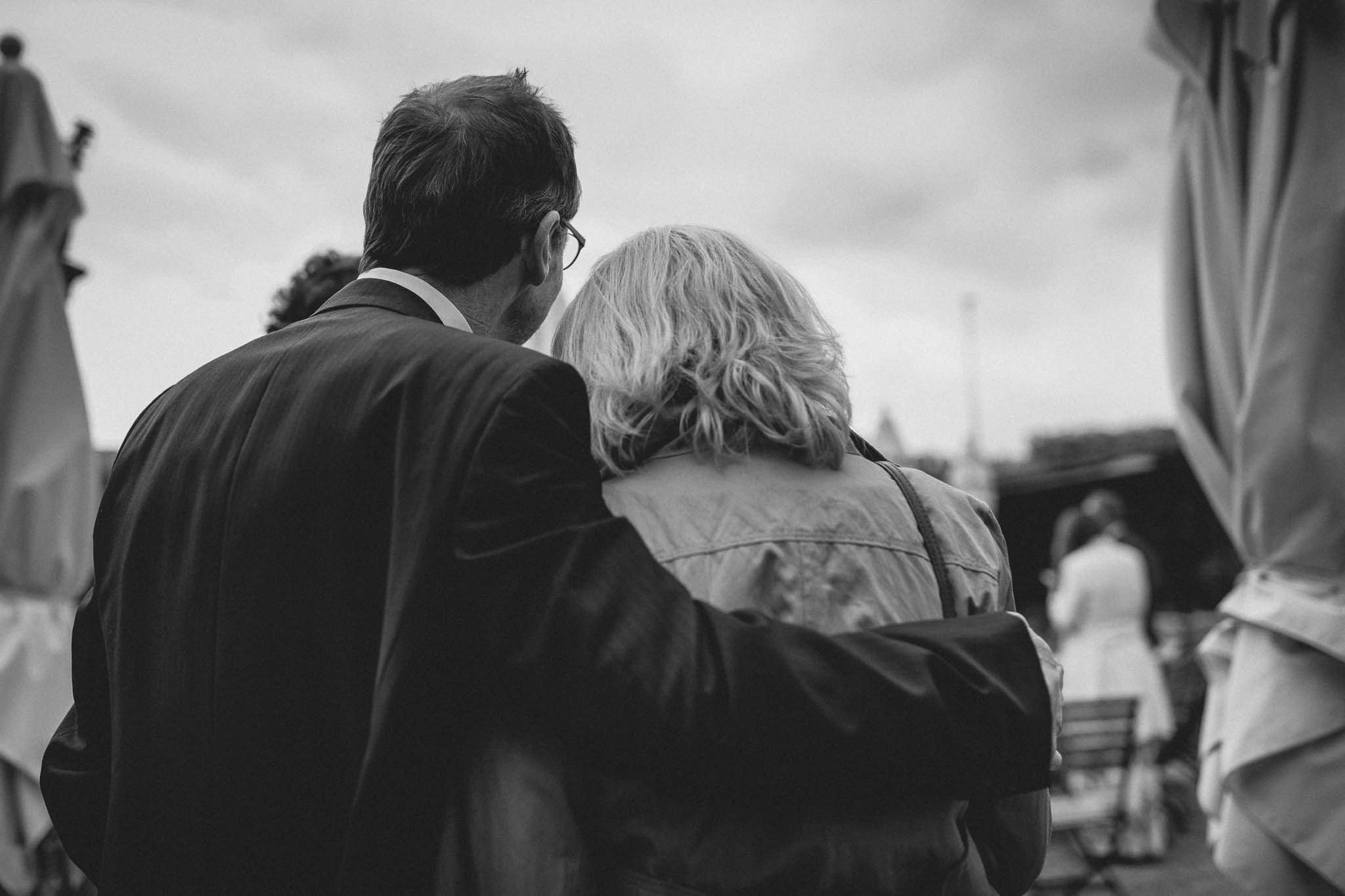 Als Hochzeitsfotograf im Hofgut Ruppertsberg: Hochzeit von Lisa und Max mit freier Trauung 61