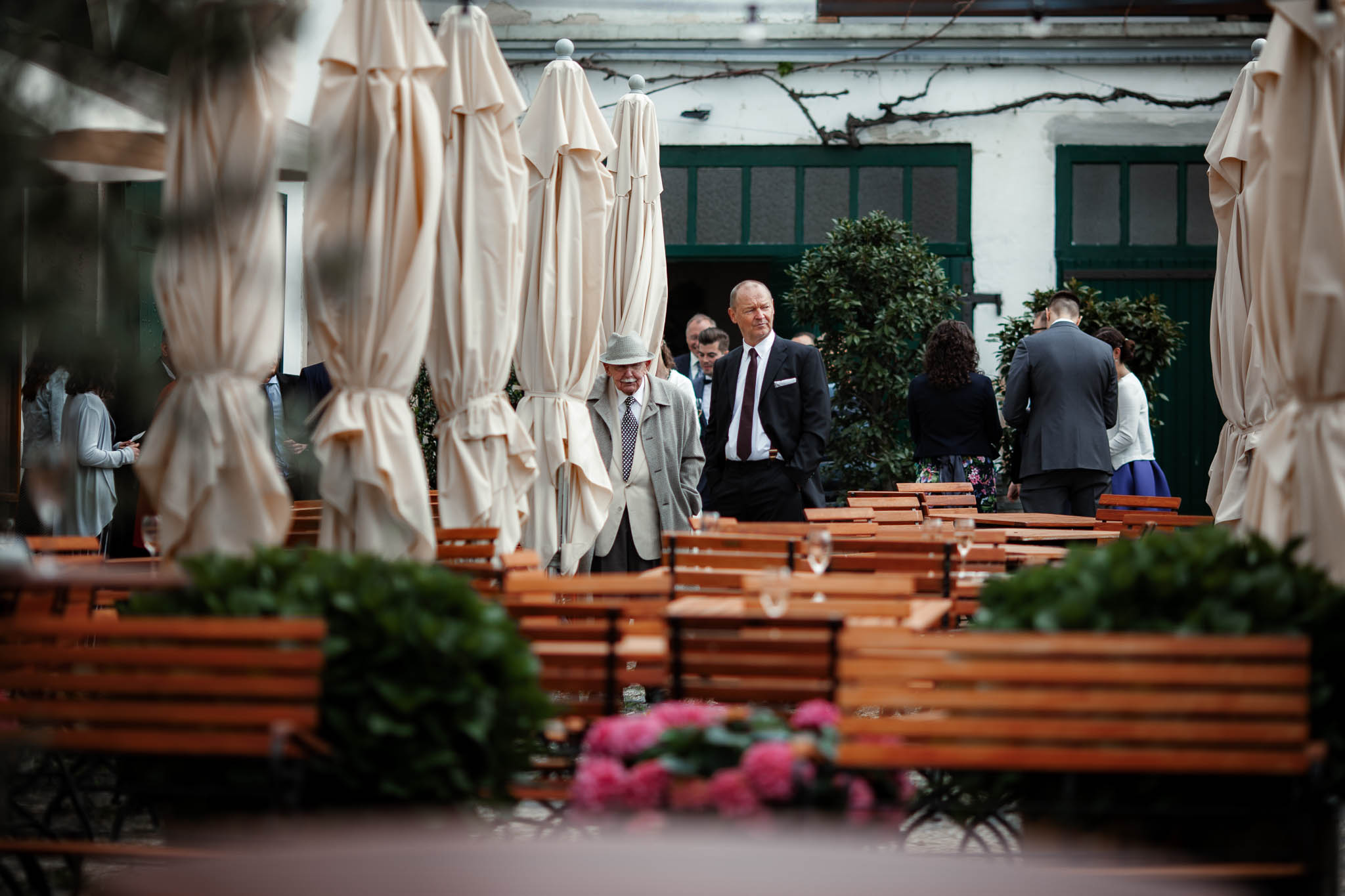 Als Hochzeitsfotograf im Hofgut Ruppertsberg: Hochzeit von Lisa und Max mit freier Trauung 65