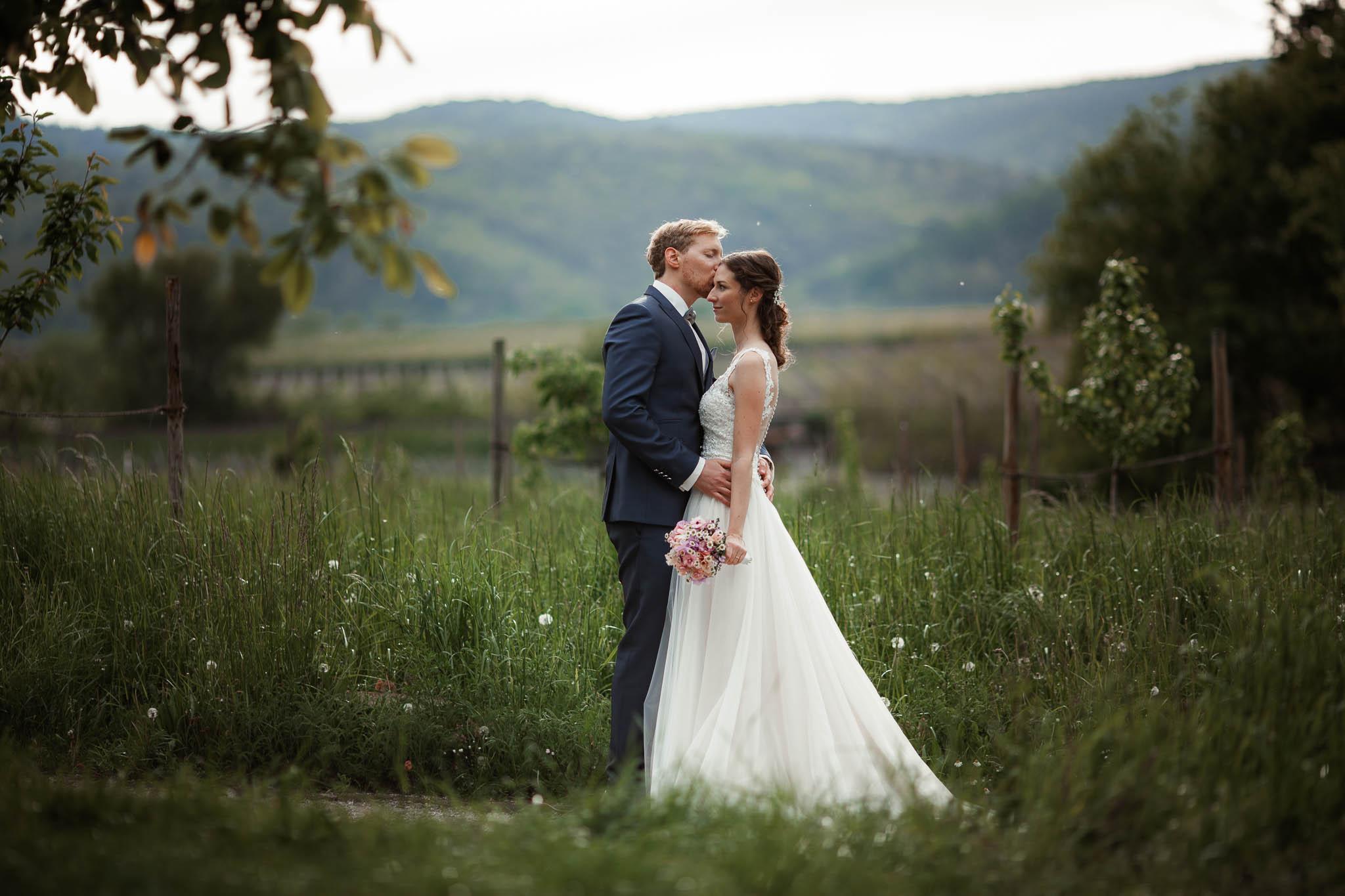 Als Hochzeitsfotograf im Hofgut Ruppertsberg: Hochzeit von Lisa und Max mit freier Trauung