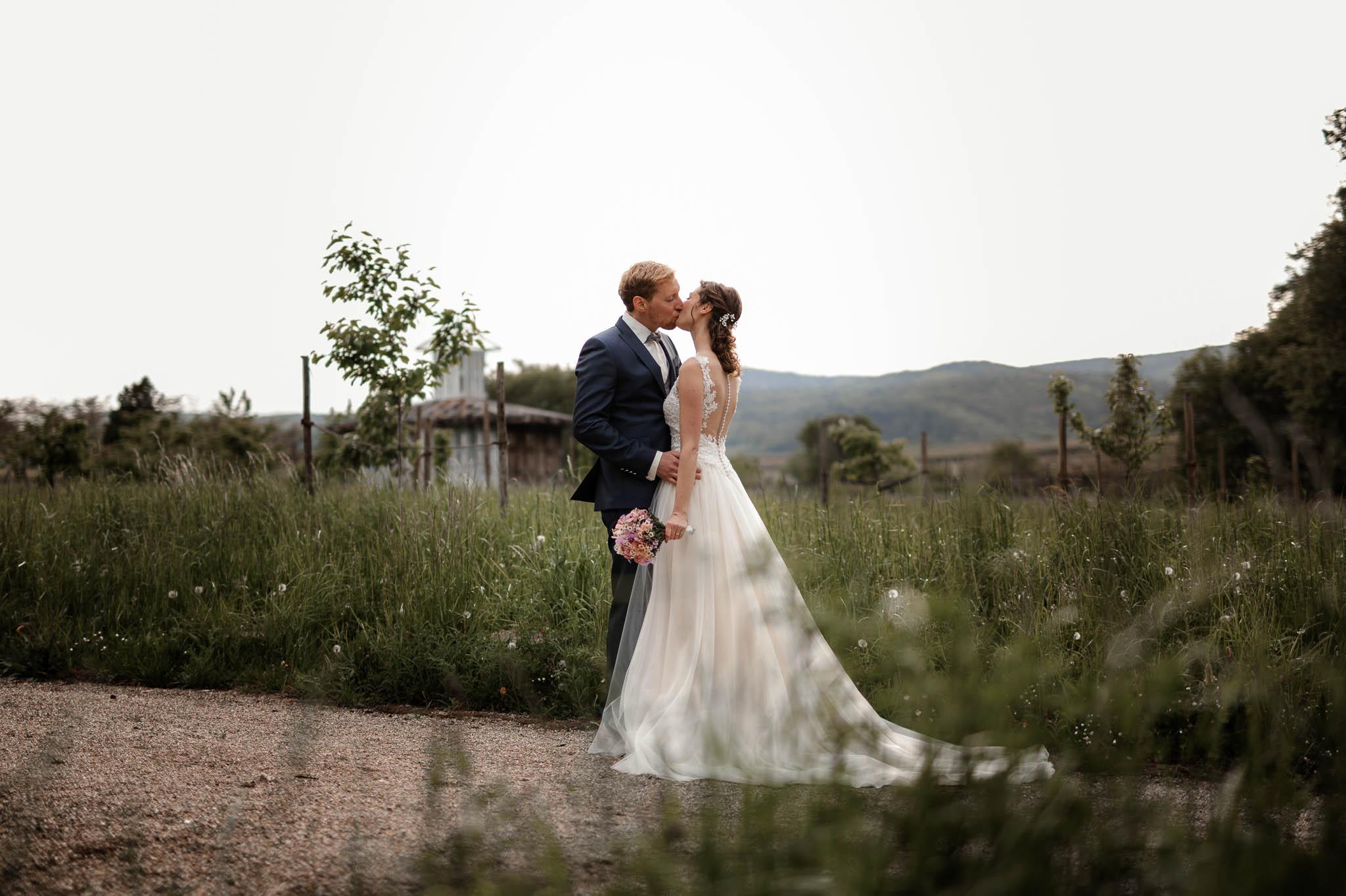 Als Hochzeitsfotograf im Hofgut Ruppertsberg: Hochzeit von Lisa und Max mit freier Trauung 80