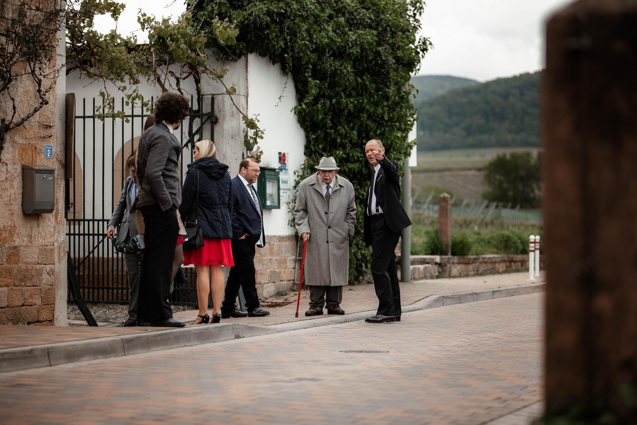 Als Hochzeitsfotograf im Hofgut Ruppertsberg: Hochzeit von Lisa und Max mit freier Trauung 6