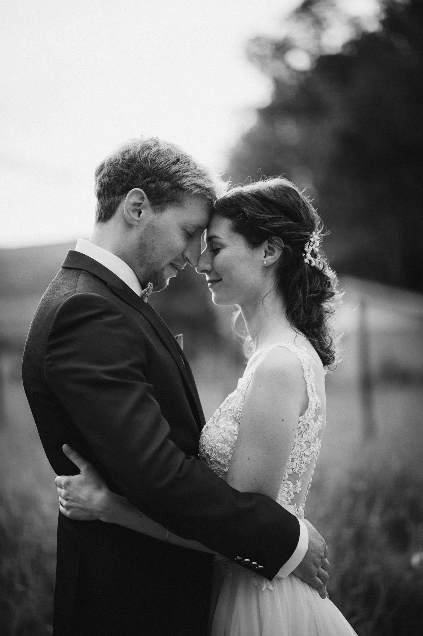 Als Hochzeitsfotograf im Hofgut Ruppertsberg: Hochzeit von Lisa und Max mit freier Trauung 84