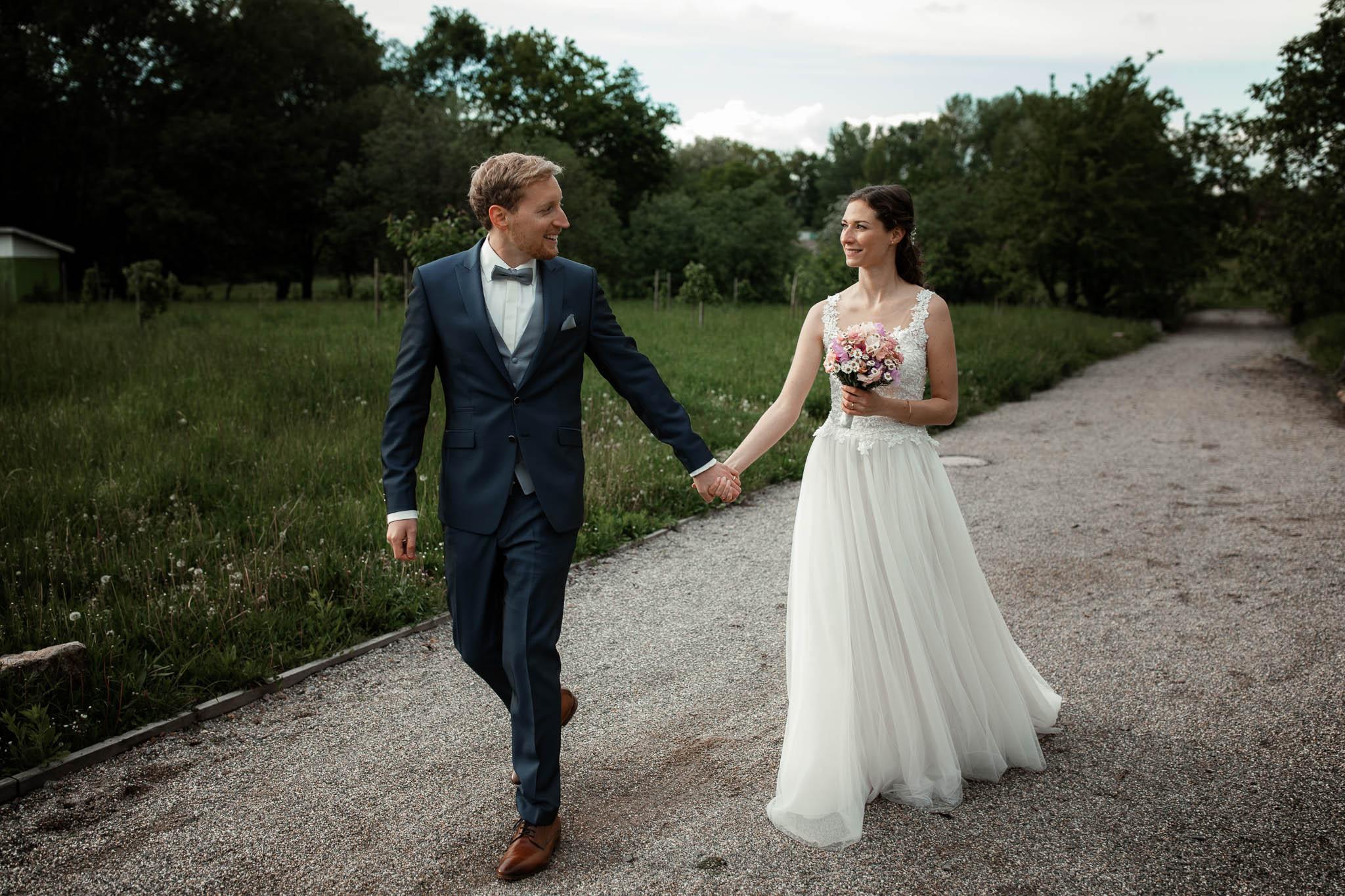 Als Hochzeitsfotograf im Hofgut Ruppertsberg: Hochzeit von Lisa und Max mit freier Trauung 93
