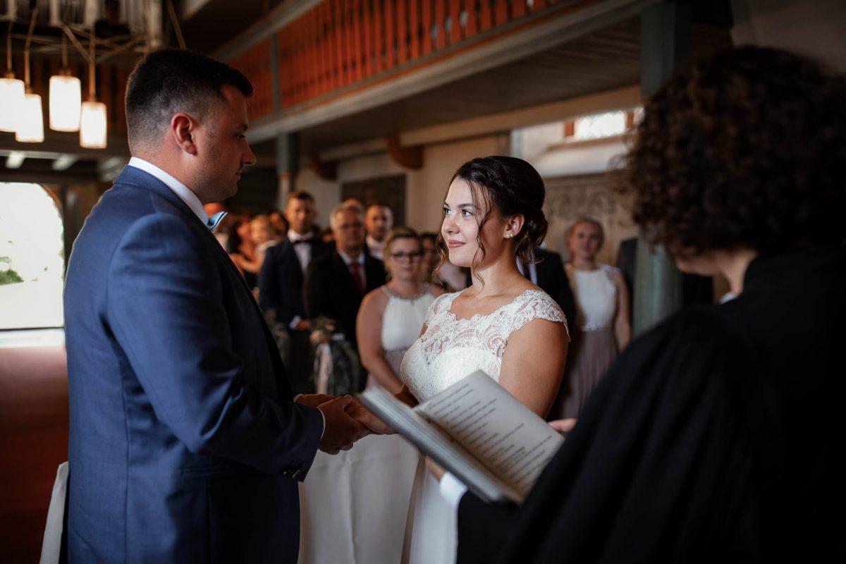 Als Hochzeitsfotograf in Mauchenheim, Weingut Fitting 32