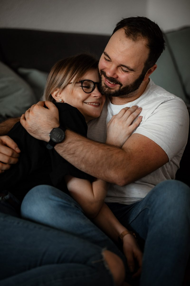 Paarfotos zu Hause - Homestory mit Sarah und Max in Worms 37