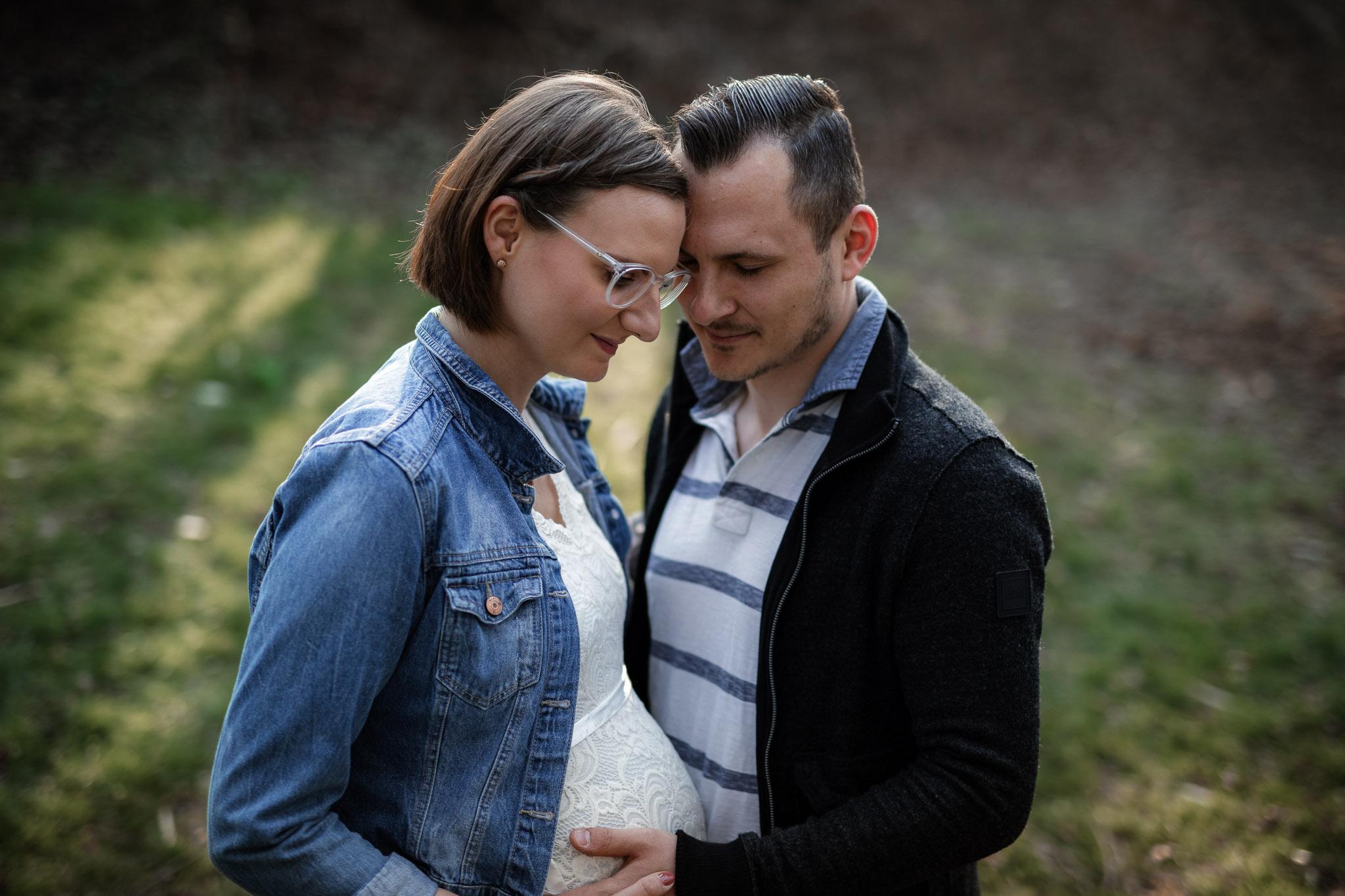 Babybauchfotos in Undenheim: Tamara und Martin 11