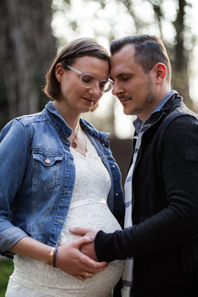 Babybauchfotos in Undenheim: Tamara und Martin 12