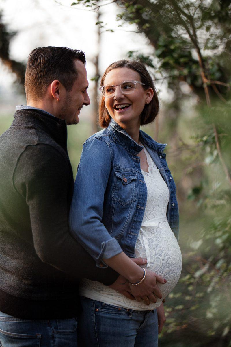 Babybauchfotos in Undenheim: Tamara und Martin 45