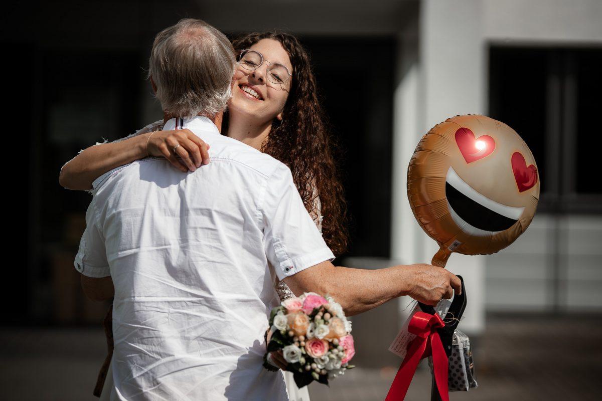 Standesamtliche Trauung von Christina und Fridolin in Kelkheim - Eine Corona Hochzeit 18