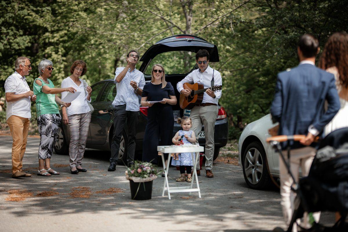 Standesamtliche Trauung von Christina und Fridolin in Kelkheim - Eine Corona Hochzeit 31