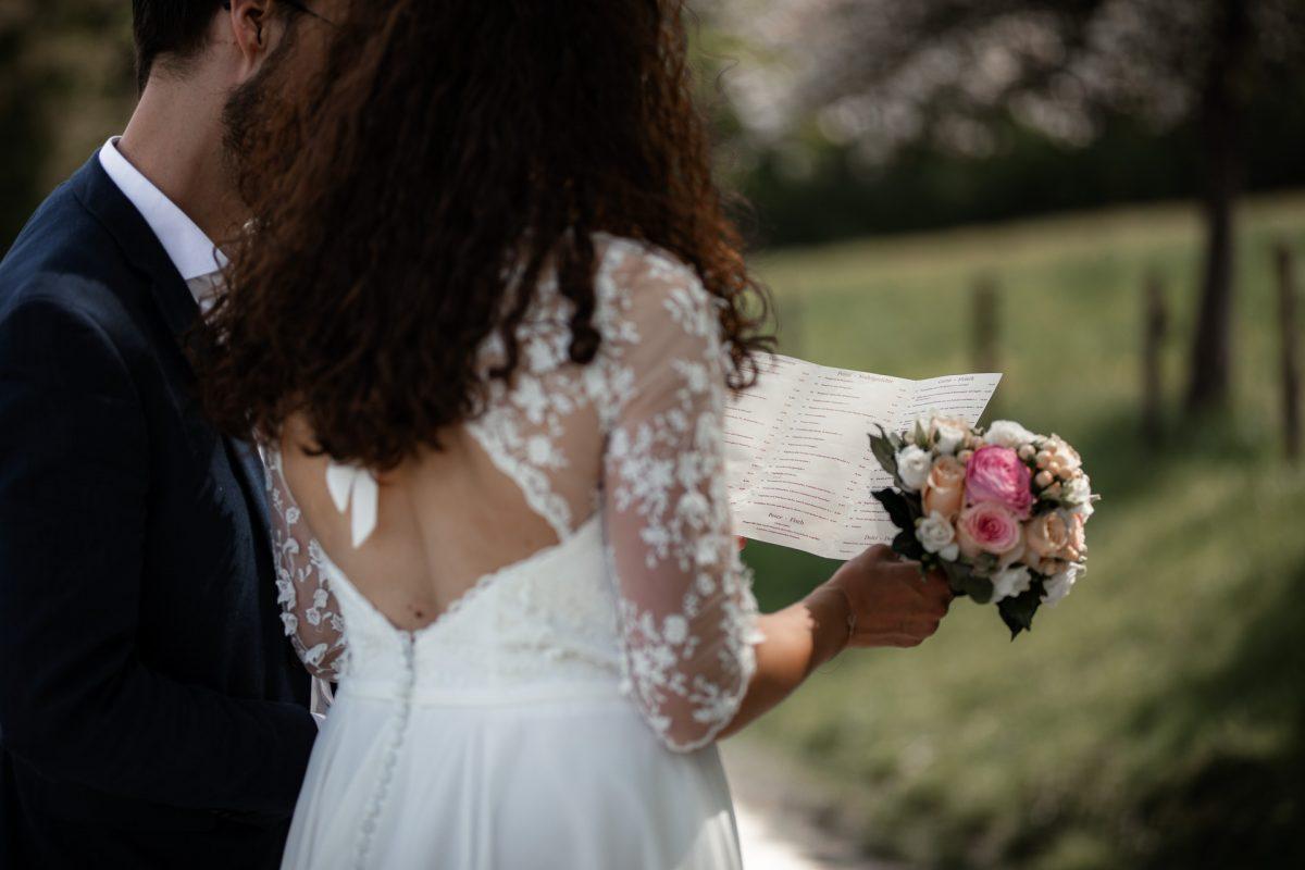 Standesamtliche Trauung von Christina und Fridolin in Kelkheim - Eine Corona Hochzeit 45