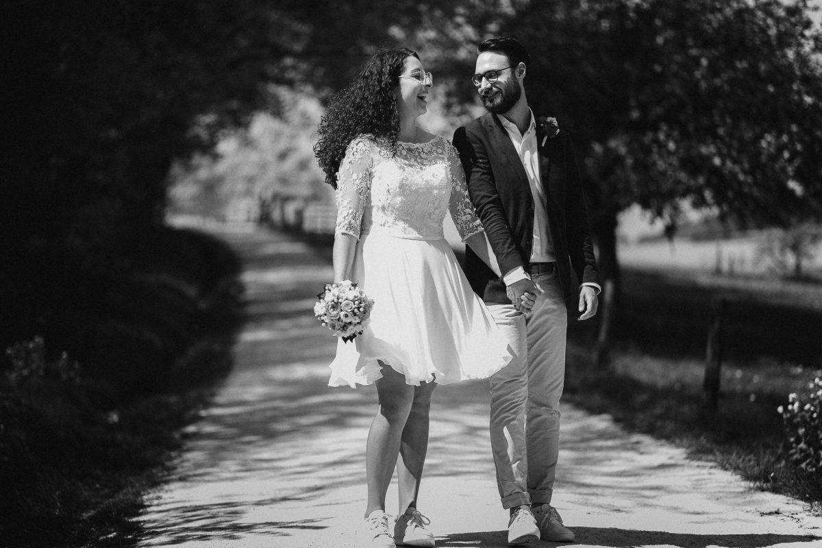 Standesamtliche Trauung von Christina und Fridolin in Kelkheim - Eine Corona Hochzeit 59