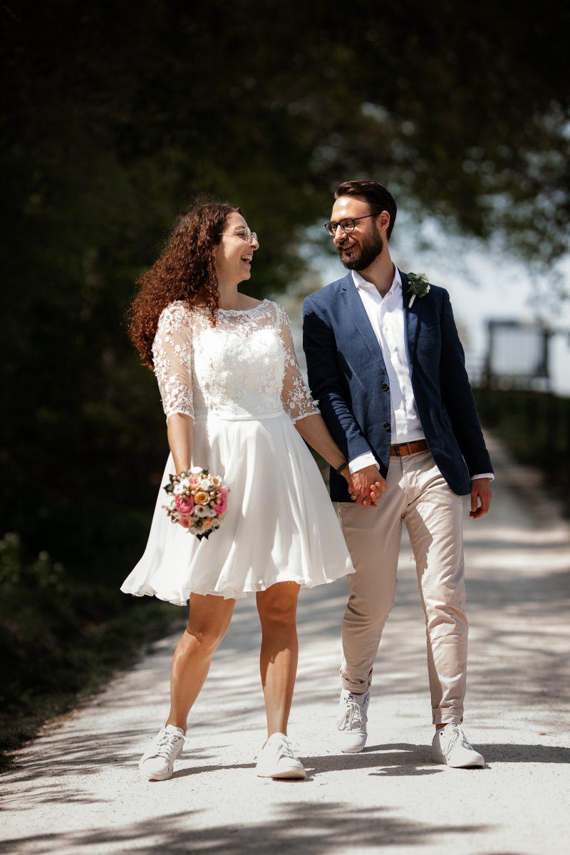 Standesamtliche Trauung von Christina und Fridolin in Kelkheim - Eine Corona Hochzeit 58