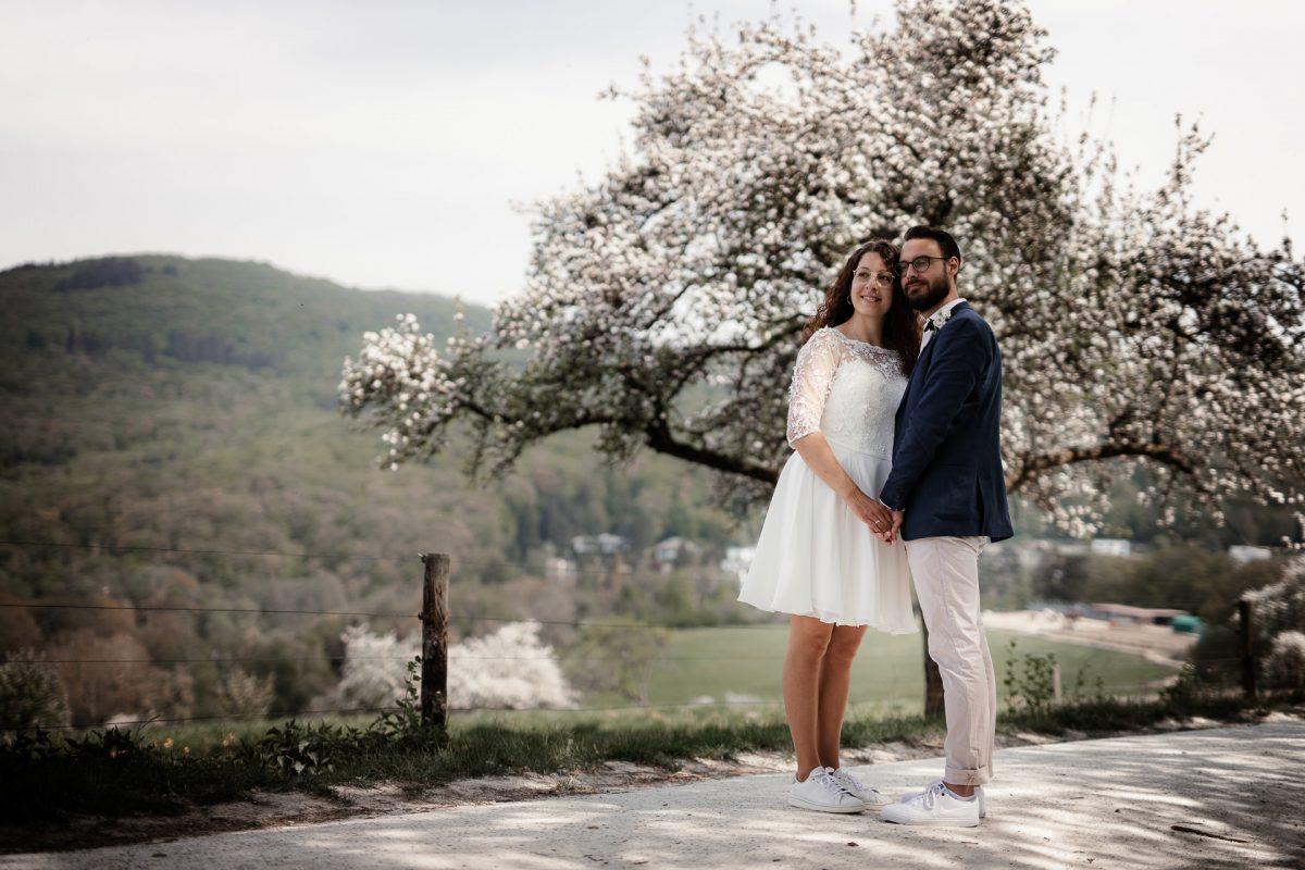 Standesamtliche Trauung von Christina und Fridolin in Kelkheim - Eine Corona Hochzeit 101