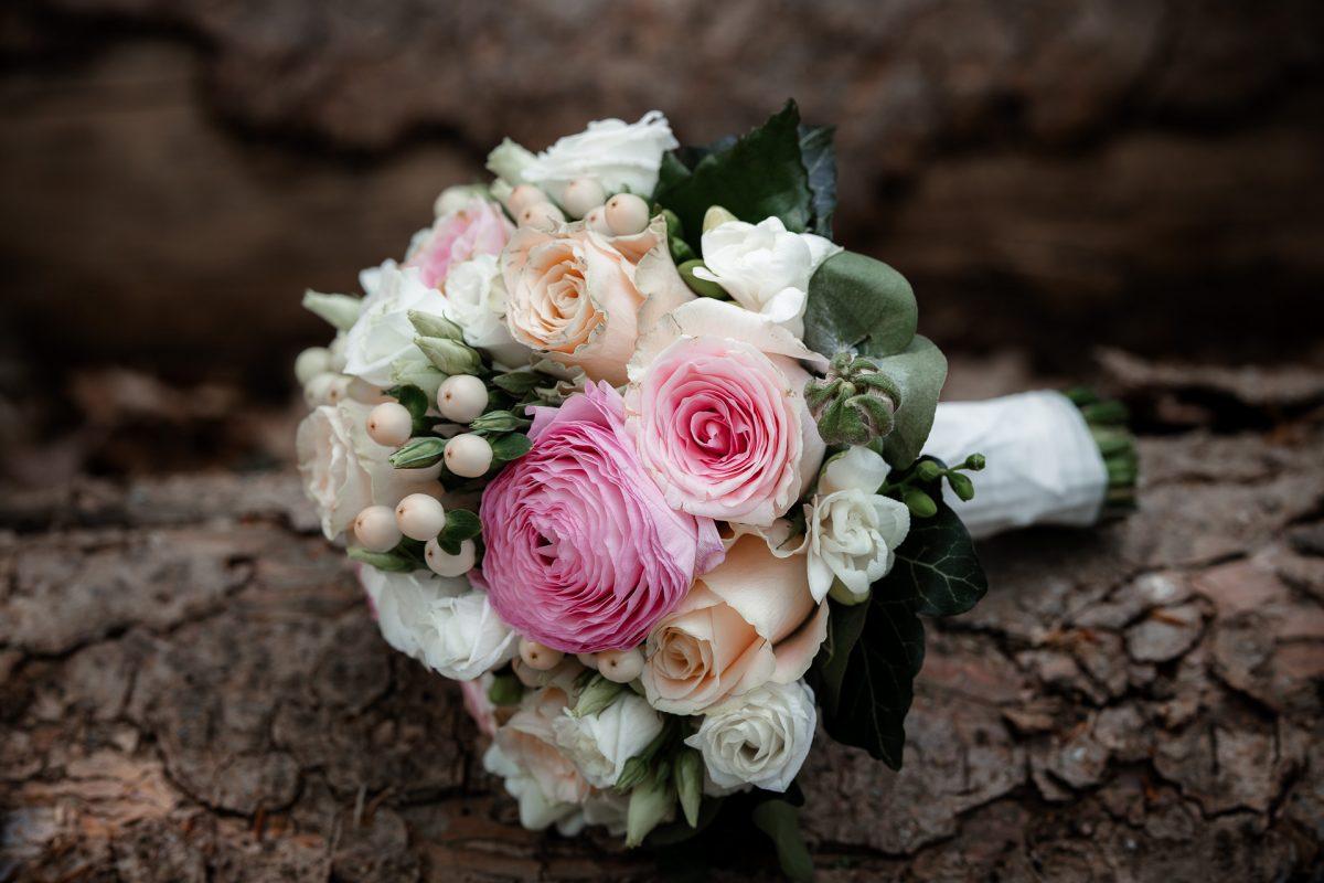 Standesamtliche Trauung von Christina und Fridolin in Kelkheim - Eine Corona Hochzeit 63