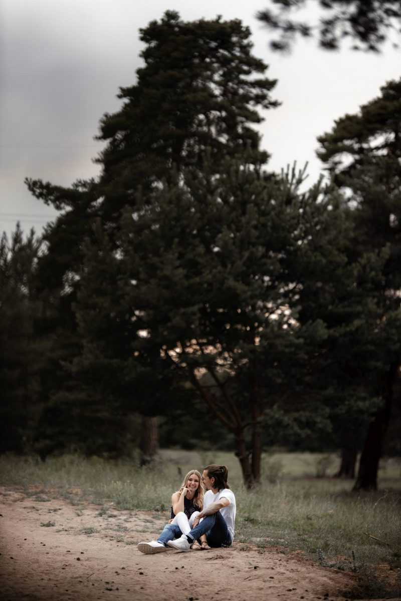 Paarfotos Mainzer Sand - Verlobungsshooting von Jenny und Patrice 55